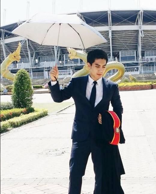 Ngẩn ngơ trước chàng kiến trúc sư đẹp trai người Thái