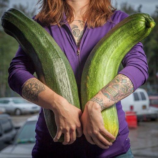 Hầu như rau củ quả nơi đây đều có kích thước to lớn. (Ảnh:Amusing Planet)