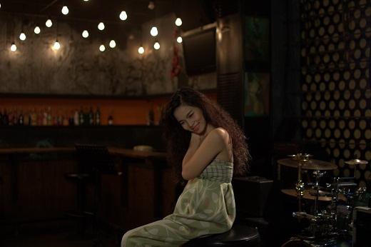 Đồng Lan sâu lắng với những ca khúc của nhạc sĩ Trịnh Công Sơn.