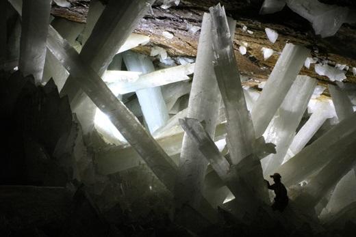 Nằm sâu gần 300m dưới bề mặt Trái đất, Động Kim Cương có những khối tinh thể selenite được cho là lớn nhất thế giới.(Nguồn: Internet)