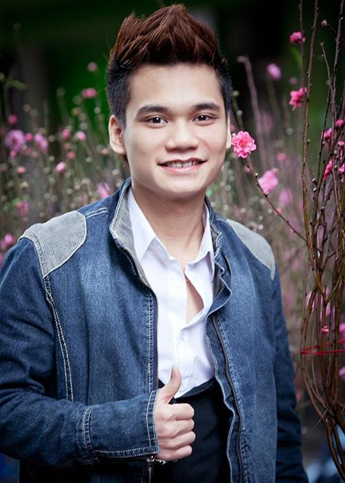 Tính đến nay, Khắc Việt đã sở hữu hơn 100 ca khúc tự sáng tác. - Tin sao Viet - Tin tuc sao Viet - Scandal sao Viet - Tin tuc cua Sao - Tin cua Sao