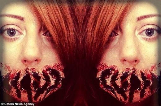 Những hình ảnhhóa trang của cô thực sự đáng sợ... (Ảnh: Carters News Agency)
