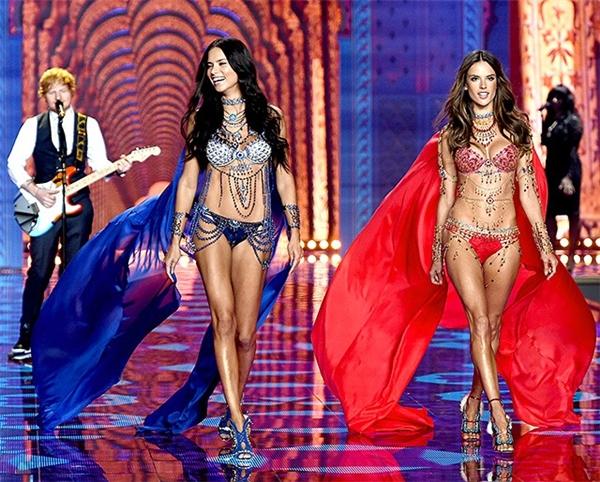 Đến nay, phía ban tổ chức của Victoria's Secret vẫn chưa công bố mẫu thiết kế đắt giá nhất trong bộ sưu tập như thường lệ. Trong chương trìnhnăm trước, hai thiên thần Lima và Ambrosio cùng diện hai mẫu Fantasy Bra có giá lên đến hàng triệu đô-la.