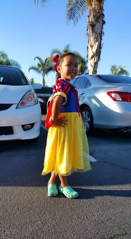 Trên trang cá nhân, Việt Hương thường xuyên chia sẻ những khoảnh khắc đời thường cực nhí nhố của con gái. - Tin sao Viet - Tin tuc sao Viet - Scandal sao Viet - Tin tuc cua Sao - Tin cua Sao