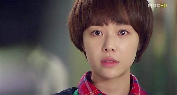 """Người đẹp She Was Pretty và những lần """"đại náo"""" màn ảnh Hàn"""