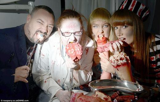 Du khách sẽ được ăn những món ăn đáng sợ này. (Ảnh: Internet)