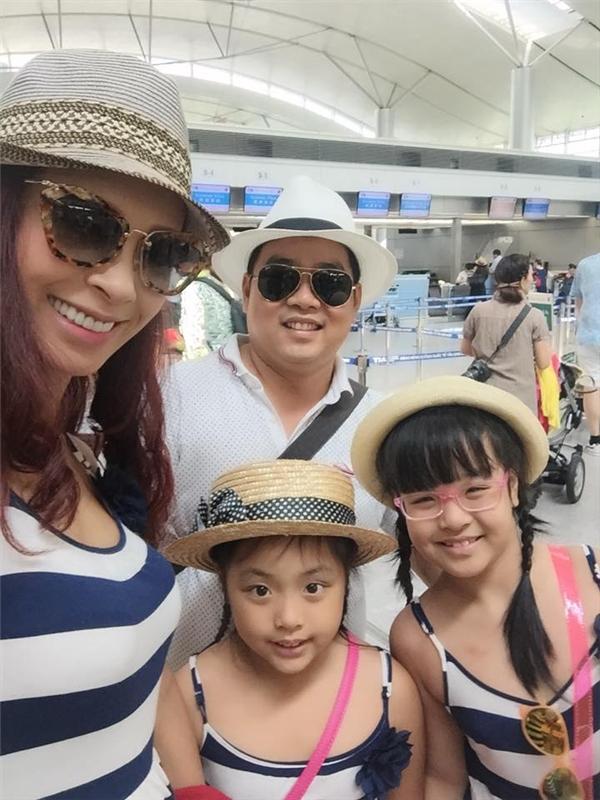 Hình ảnh du lịch cùng nhau của gia đình Thúy Hạnh. - Tin sao Viet - Tin tuc sao Viet - Scandal sao Viet - Tin tuc cua Sao - Tin cua Sao