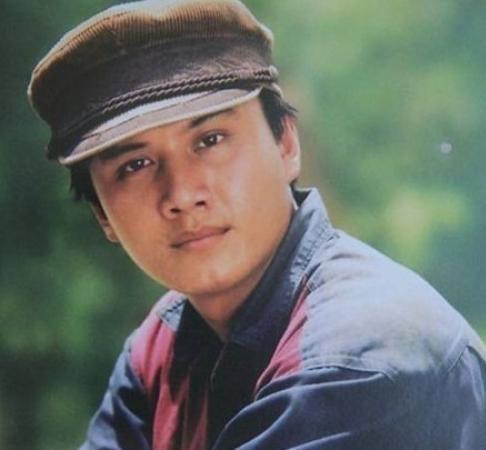 Cố diễn viên Lê Công Tuấn Anh vẫn là cái tên để lại nhiều tiếc nuối cho điện ảnh Việt kể từ khi anh tự vẫn vào năm 1996. - Tin sao Viet - Tin tuc sao Viet - Scandal sao Viet - Tin tuc cua Sao - Tin cua Sao