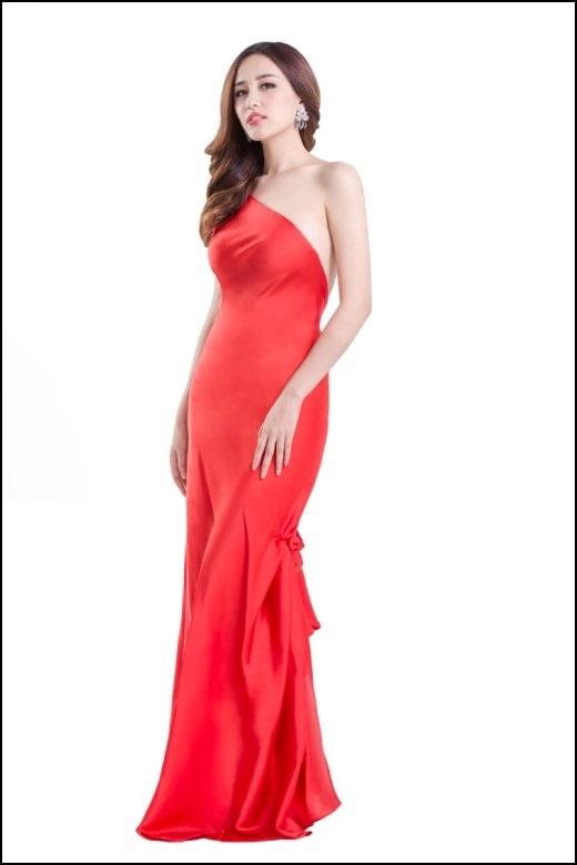 Chiếc váy hoàn hảo, tôn lên vẻ đẹp cơ thể của nàng. - Tin sao Viet - Tin tuc sao Viet - Scandal sao Viet - Tin tuc cua Sao - Tin cua Sao