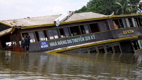 Những sự cố tàu chìm chấn động ở Sài Gòn