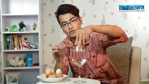 Cách bóc vỏ trứng siêu nhanh có thể bạn chưa biết