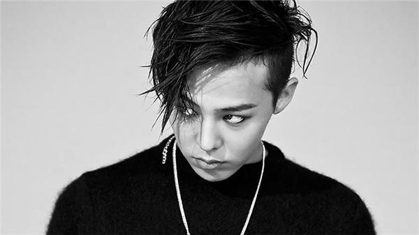 Ở châu Á, thủ lĩnhBig Bang - G-Dragon- là nghệ sĩ đứng đầu trong số những kẻ... khác người nhưng không một ai có thể phủ nhận sức hút của chàng trai sinh năm 1988.