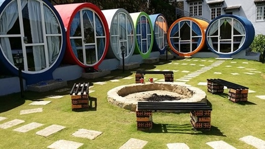 Được lấy ý tưởng từ mô hình nhà ống tròn ở nước ngoài, mỗi phòng của nhà nghỉ này chỉ có giá 200.000 đồng/đêm.(Ảnh: Internet)