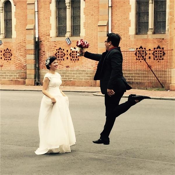 Nhà thờ Đức Bà chứng kiến biết bao chuyện tình đẹp của người Sài Gòn.(Ảnh: IG @kaylac914)