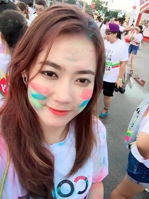 Xinh đẹp và giỏi giang, cô hot girl Lào đang chiếm được rất nhiều cảm tình từ giới trẻ. (Ảnh: Internet)