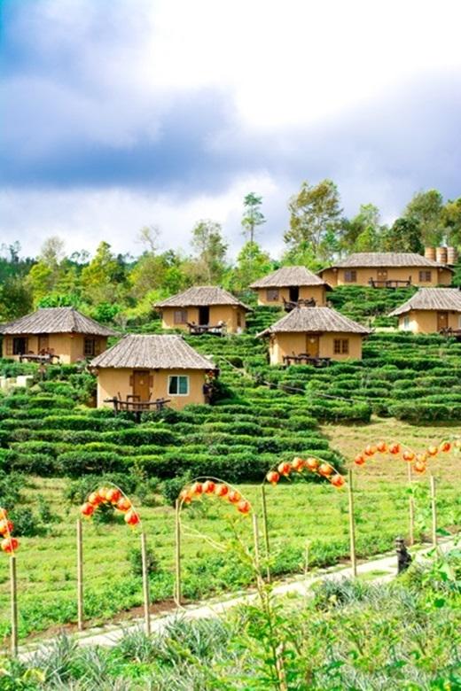 Tuy nhiên, những năm gần đây, nhận thấy tiềm năng du lịch của ngôi làng này, người bản địa bắt đầu khai thácđể thu hút thêm một lượng du khách Thái. (Ảnh: True Life)