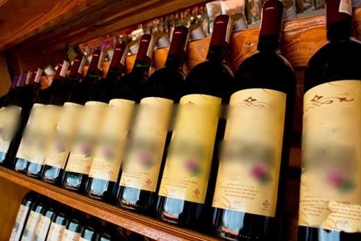 Những cửa hàng rượu ven đường cho phép bạn thử rượu thoải mái đấy. (Ảnh: True Life)