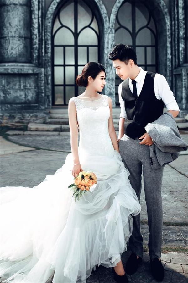 Nhiều người khá bất ngờ trước những bứcảnh cưới mà cặp đôi chia sẻ lên trang cá nhân. (Ảnh: Internet)