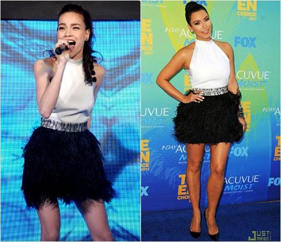 Hồ Ngọc Hà và cô Kim siêu vòng 3 cùng chọn mẫu váy khá trẻ trung, gợi cảm với hai tông màu đen, trắng.