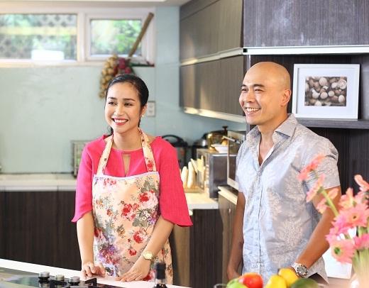Thanh Hòa không ngại chia sẻ những vấn đề xoay quanh chuyện anh chồng vào bếp. - Tin sao Viet - Tin tuc sao Viet - Scandal sao Viet - Tin tuc cua Sao - Tin cua Sao