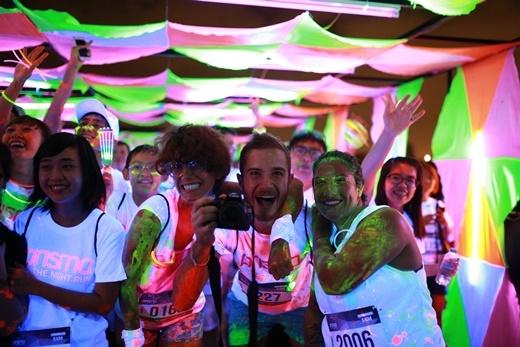 Không thể bỏ qua đêm hội chạy bộ đầu tiên ở Việt Nam Prisma Run!