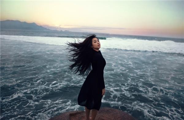 Với tinh thần đầu tư nghiêm túc cho mọi sản phẩm trước khi ra mắt, Khánh Tiên hi vọng sẽ nhận được sự ủng hộ của khán giả trong thời gian sắp tới.