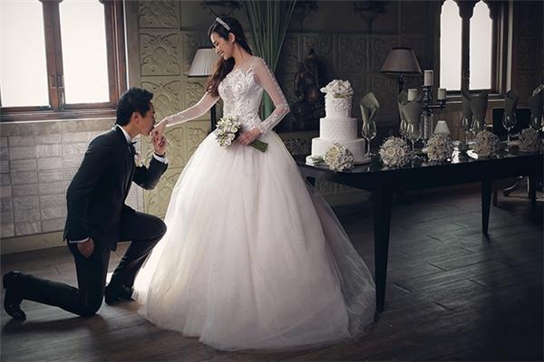 Một hình ảnh trong bộ ảnh cưới thứ hai của Trúc Diễm. - Tin sao Viet - Tin tuc sao Viet - Scandal sao Viet - Tin tuc cua Sao - Tin cua Sao