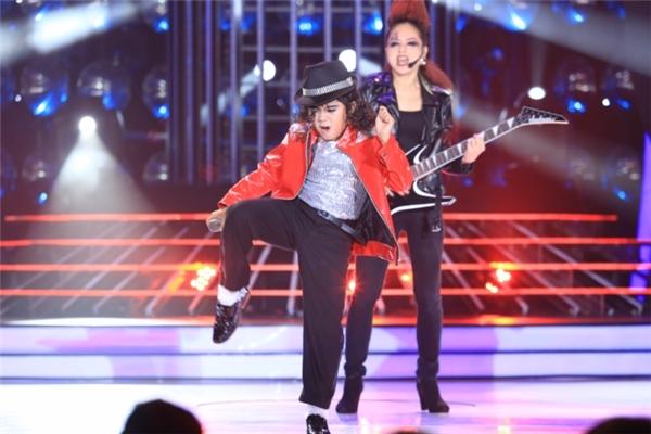 Hoài Linh không ngần ngại bị Michael Jackson nhí làm khó - Tin sao Viet - Tin tuc sao Viet - Scandal sao Viet - Tin tuc cua Sao - Tin cua Sao