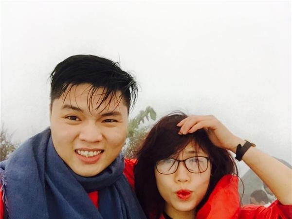 Hé lộ hình ảnh anh trai và chị dâu xinh đẹp của Kỳ Duyên
