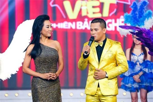 MC Nguyễn Cao Kỳ Duyên được kì vọng sẽ là điểm sáng cho mùa thi năm nay. - Tin sao Viet - Tin tuc sao Viet - Scandal sao Viet - Tin tuc cua Sao - Tin cua Sao
