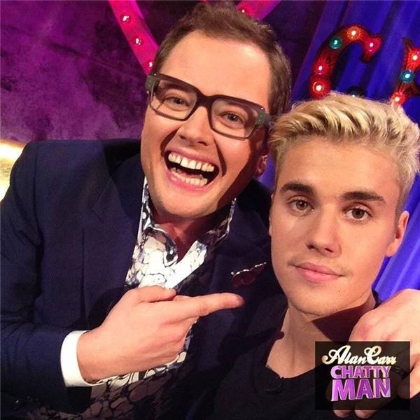 """Justin Bieber và """"chủ xị"""" Alan"""