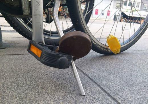"""Xe đạp là """"xế hộp"""" của sinh viên, là tài sản quý nhất. Do đó, phải bảo vệ bằng mọi giá! (Ảnh: Internet)"""