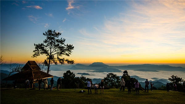 Huay Nam Dang không nổi tiếng như Pai nhưng là nơi có biển sương mù đẹp nhất Thái Lan.(Ảnh: Internet)
