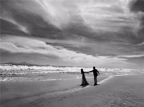 Ảnh cưới huyền ảo tại bãi biểnĐà Nẵng. - Tin sao Viet - Tin tuc sao Viet - Scandal sao Viet - Tin tuc cua Sao - Tin cua Sao