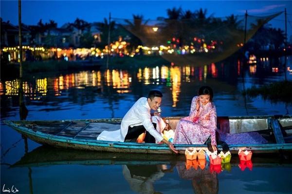 Một bối cảnh lãng mạnkhác tại Đà Nẵng đã được cặp đôi đăng tải trên trang cá nhân. - Tin sao Viet - Tin tuc sao Viet - Scandal sao Viet - Tin tuc cua Sao - Tin cua Sao
