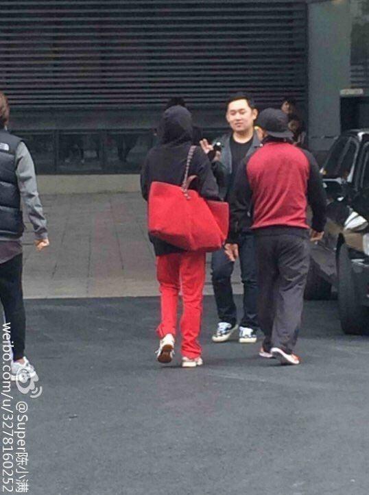 2NE1 rục rịch trở lại, scandal của Park Bom lại bị đào mộ