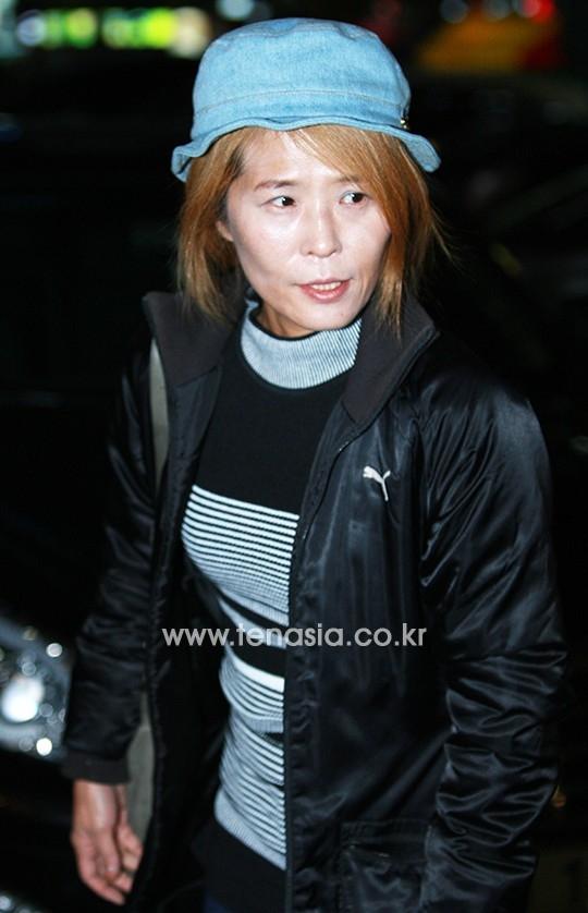 """Nữ diễn viênHwang Seok Jeong được đông đảo khán giả yêu thích và tạo nên """"cơn sốt"""" không nhỏ nhờ vai diễn tổng biên tập Ra Ra cá tính trong phim."""