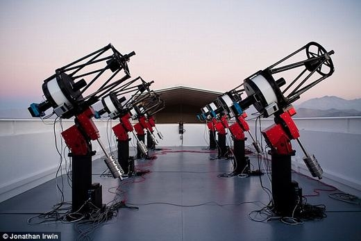 Kính thiên văn phát hiện raGJ1132b. (Ảnh: Jonathan Irwin)