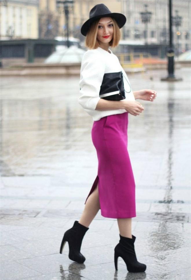 Áo len nên chọn kiểu dáng vừa vặn với người, nếu bạn thích dáng oversized thì không nên chọn kiểu áo quá rộng.