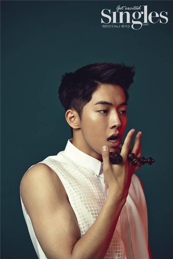 Khí chất nam thần của các ngôi sao Kpop sinh năm 1994