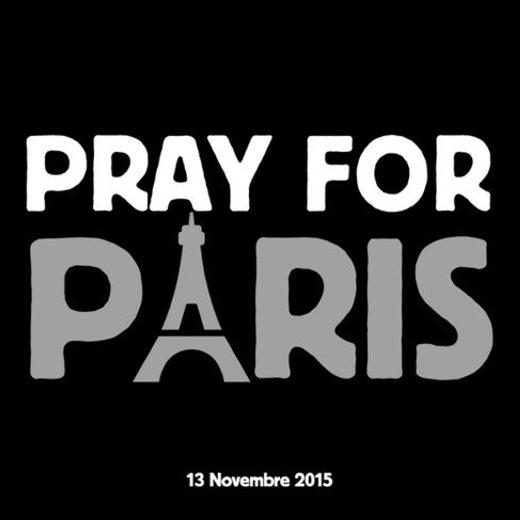 """Tấm ảnh """"Cầu nguyện cho Paris"""" đang được cộng đồng thế giới chia sẻ rộng rãi trên các mạng xã hội."""