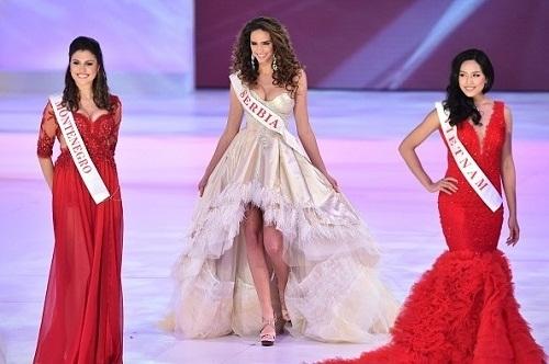 Ba năm sau đó, cô tiếp tục giành ngôi á hậu 2 Hoa hậu các dân tộc Việt Nam 2013 và đại diện Việt Nam dự thi Miss World 2014. Tại cuộc thi này, người đẹp Thái Bình đã lọt top 25 chung cuộc. - Tin sao Viet - Tin tuc sao Viet - Scandal sao Viet - Tin tuc cua Sao - Tin cua Sao