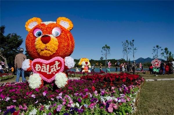 Thành phố Đà Lạt rộn ràng chào đón Festival - Ảnh: Jennie Tran