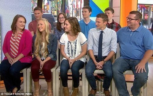 Gia đình xuất hiện trong một chương trình truyền hình mới đây.(Ảnh: NBC)
