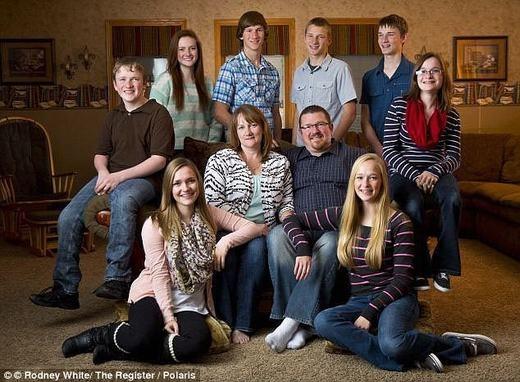 Đại gia đình nhàMcCaughey.(Ảnh: Internet)