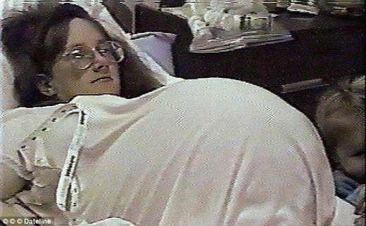 Bụng bầu khi sắp sinh của cô Bobbi. (Ảnh: Internet)