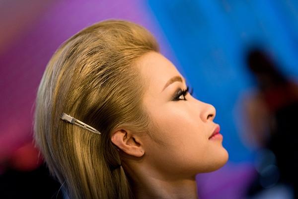 Đông Nhi tung teaser MV Boom Boom gây sốt cộng đồng fan - Tin sao Viet - Tin tuc sao Viet - Scandal sao Viet - Tin tuc cua Sao - Tin cua Sao