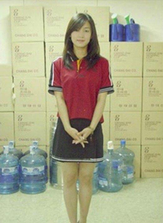 """Nam Sang Mi từng khiến cư dân mạng """"phát sốt"""" với những hình ảnh khi đilàm thêm tại trường đại học. Với vẻ đẹp tự nhiên, Nam Sang Miđược nhận xét sở hữu đường nétđúng chuẩn nữ thần."""