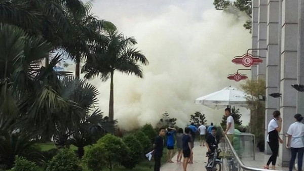 TP. HCM: Cháy lớn ở Parkson Lê Đại Hành, hàng trăm người hoảng loạn