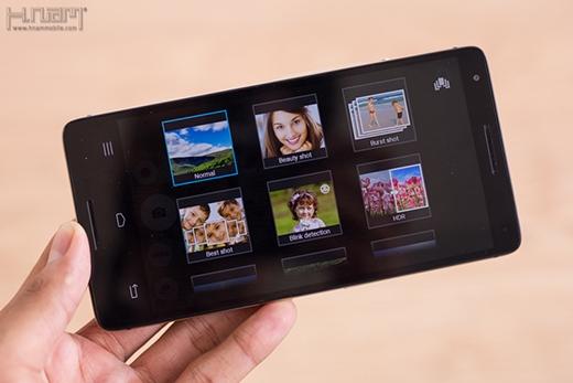 M810 được trang bị camera chính 13MP cùng nhiều phần mềm hỗ trợ chụp ảnh.